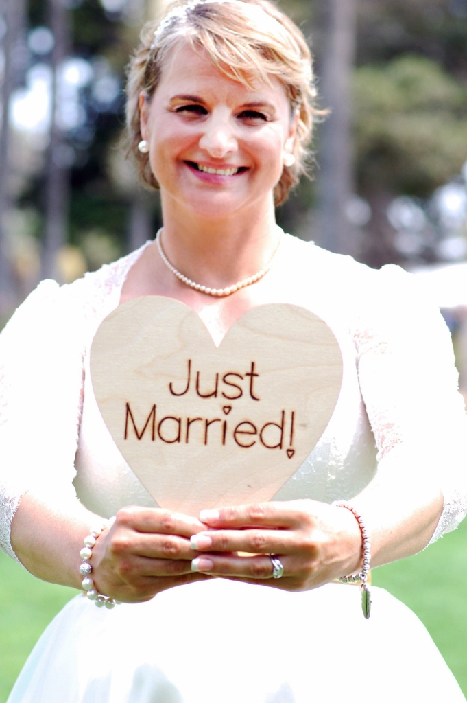 Just married sign.jpg