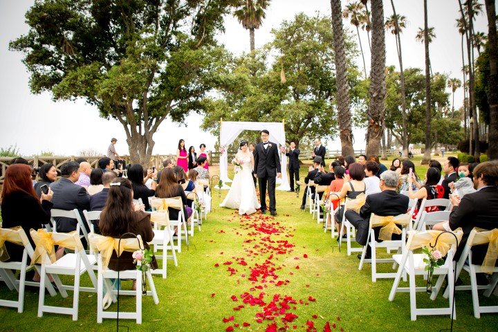 Los Angeles Beach Weddings.jpg