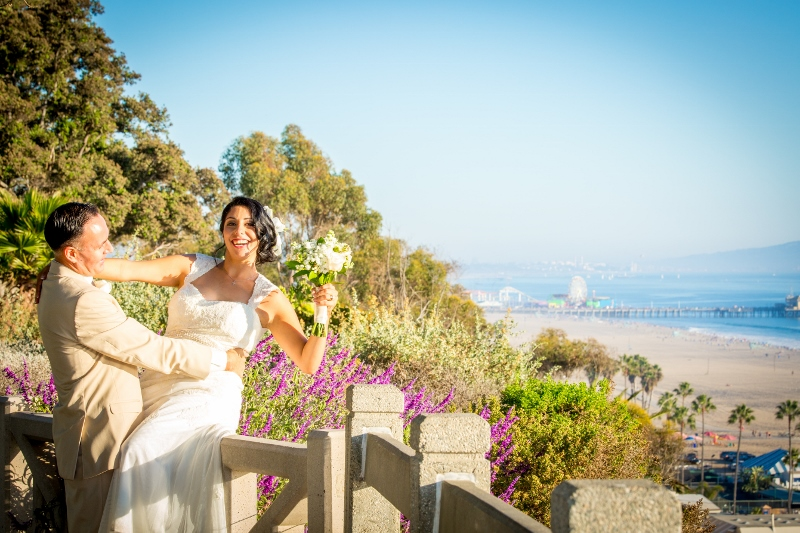 Wedding on the bluff in L.A.jpg